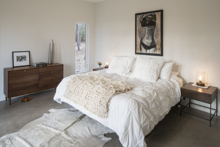 Modern Design - Lantern Ridge House - Waterfalls Properties