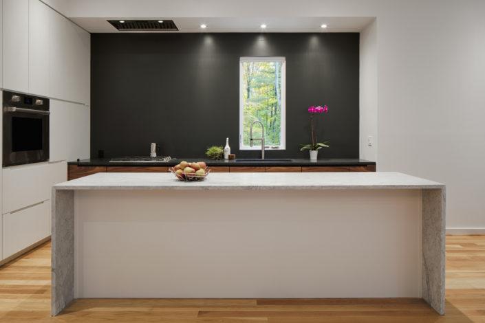 Modern Kitchen - TinkerBox - HV Contemporary Homes