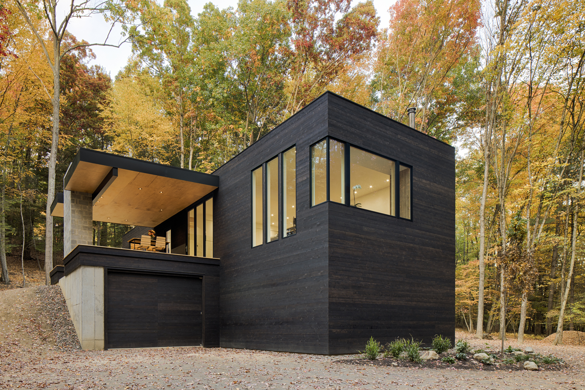Modern Home: TinkerBox - HV Contemporary Homes