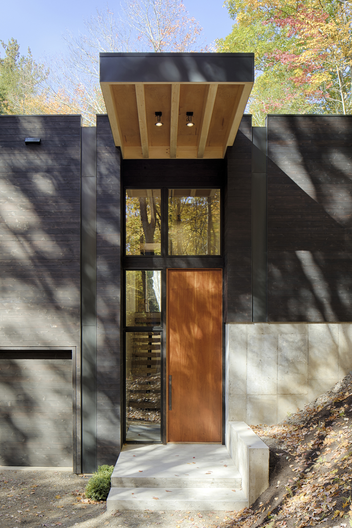 TinkerBox Guest House - HV Contemporary Homes - Modern Design in