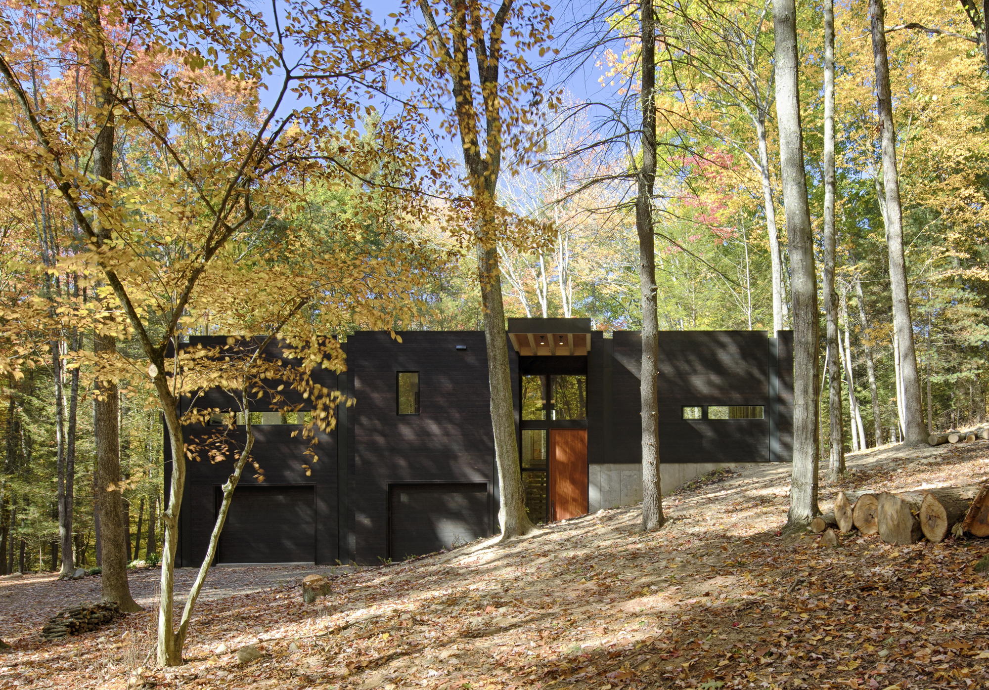 TinkerBox Guest House - Waterfalls Properties - A Community of Hudson Valley Contemporary Homes