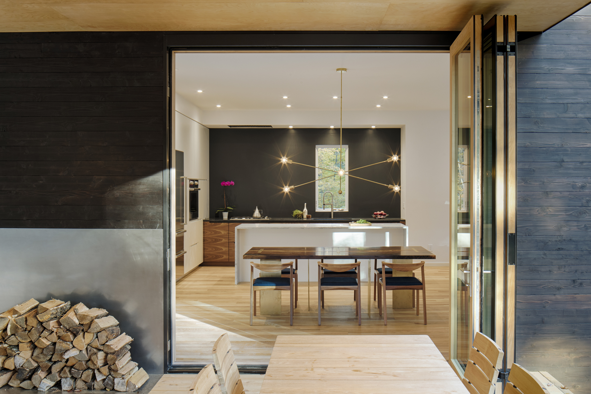 Modern Kitchen: The Heart of the Home