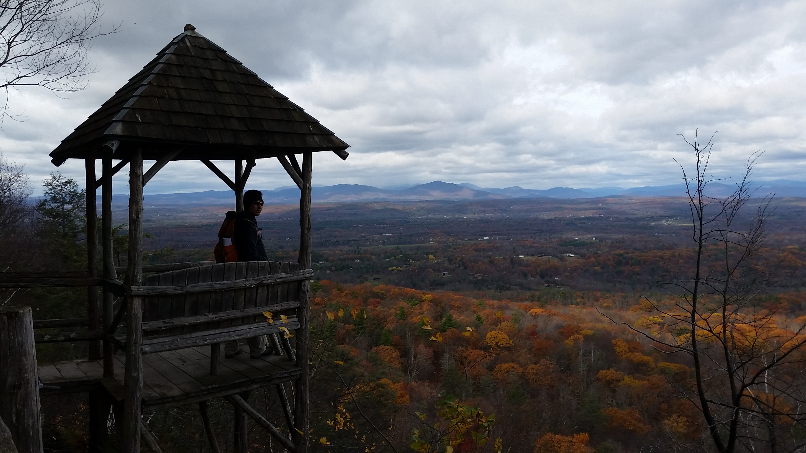 Hiking Mohonk Preserve - 5 Best Hikes in Hudson Valley