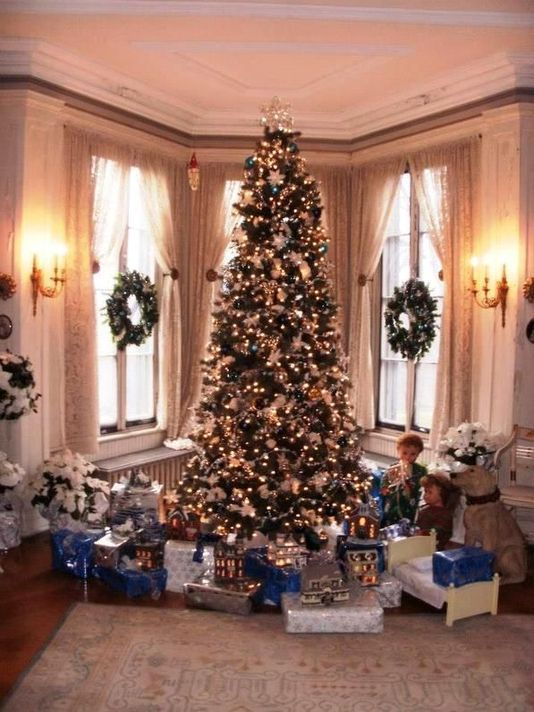 Holiday House Tours - December Fun in the Hudson Valley